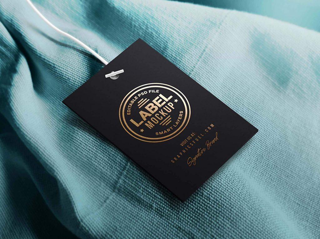 Công dụng của in thẻ treo quần áo